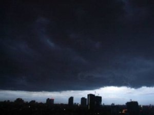 Will this monsoon be wet in Karachi? - You decide
