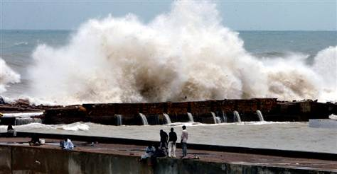 Waves batter the Pakistani coast