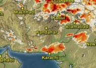 Fresh Dust storms lashes Karachi!!!