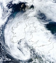 European Monsoon – Fierce storm forces its entry into England!