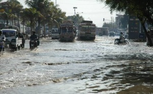 Karachi Flooded roads in March